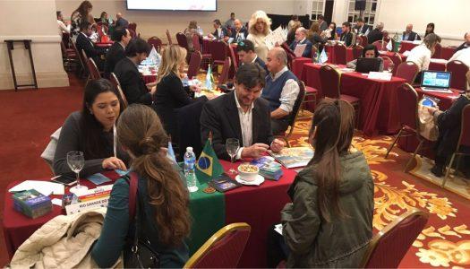 Meeting Brasil 2017 reúne mais de 900 empresas e profissionais do turismo
